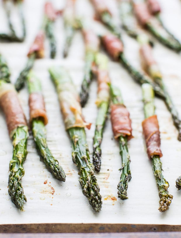 Superbowl Prosciutto-Wrapped-Asparagus-Culinary-Hill2